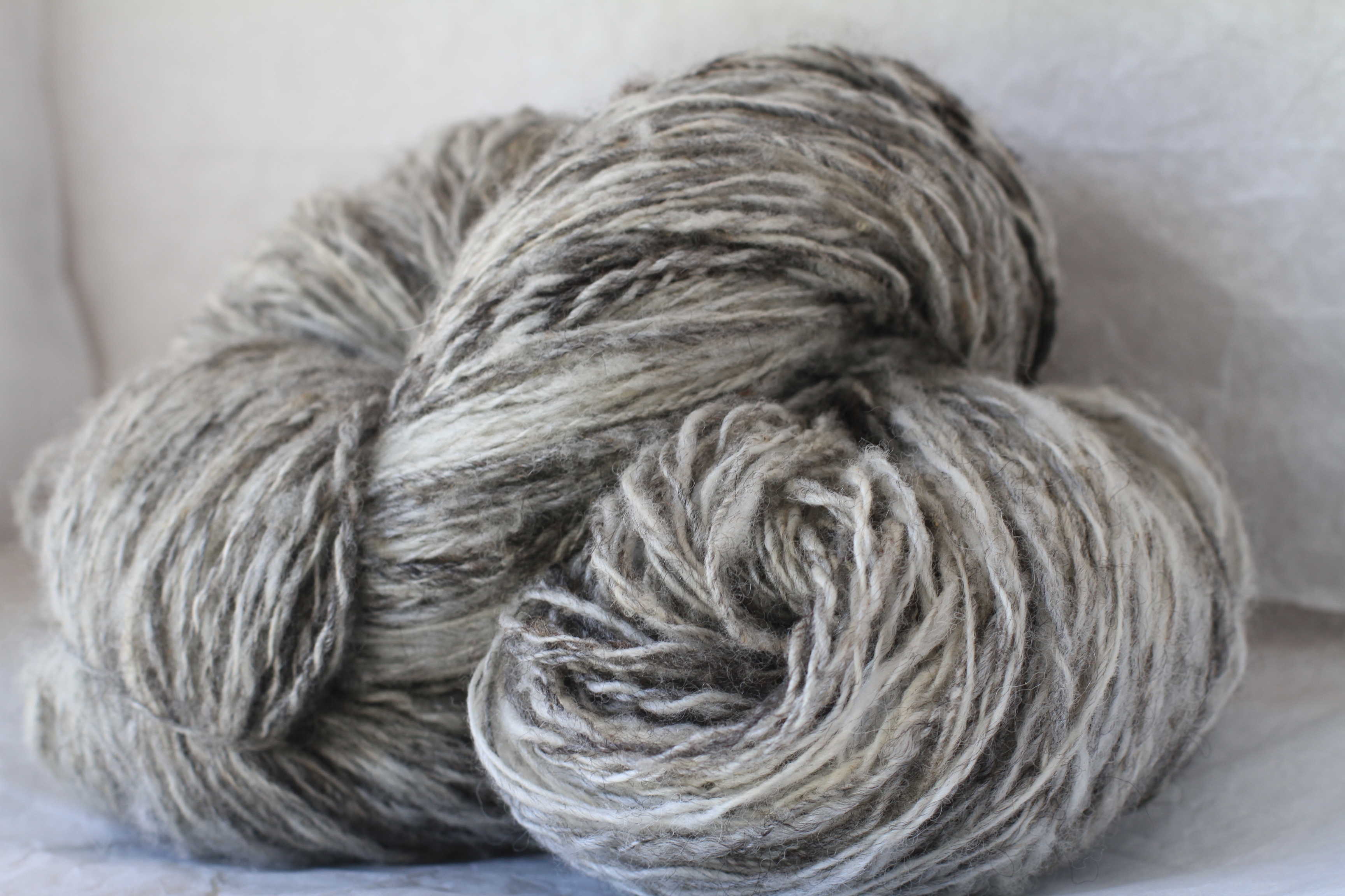 Kiss's Variegated Fleece Handspun 2 Ply